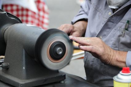 Schleifmaschine: Die effizienteste Methode zum Scheren schleifen